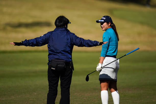 https://media.gettyimages.com/photos/nozomi-uetake-of-japan-speaks-with-a-rules-official-on-the-4th-hole-picture-id1285194696?k=6&m=1285194696&s=612x612&w=0&h=b-ElDmwnt30MywjDc18rcGEwEvj1ax0t4yLWBImaXjE=
