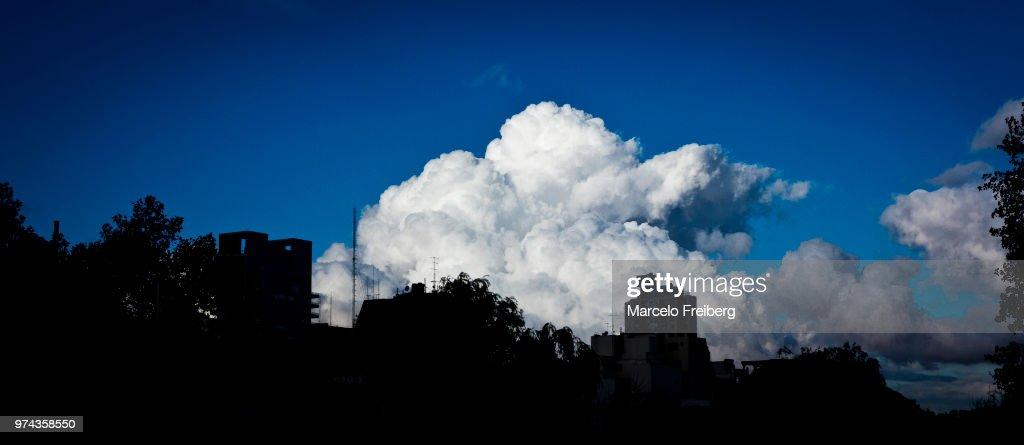 nube φωτογραφίες μεγάλο κώλο ξυρισμένο μουνί