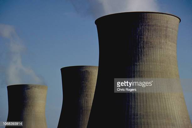 nuclear cooling towers - nuclear power station stock pictures, royalty-free photos & images