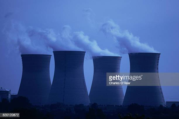 nuclear cooling towers - cooling tower stock pictures, royalty-free photos & images