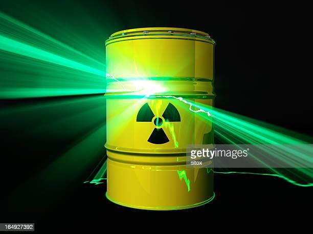 catastrofe nucleare concetto - fusione del nocciolo di un reattore nucleare foto e immagini stock