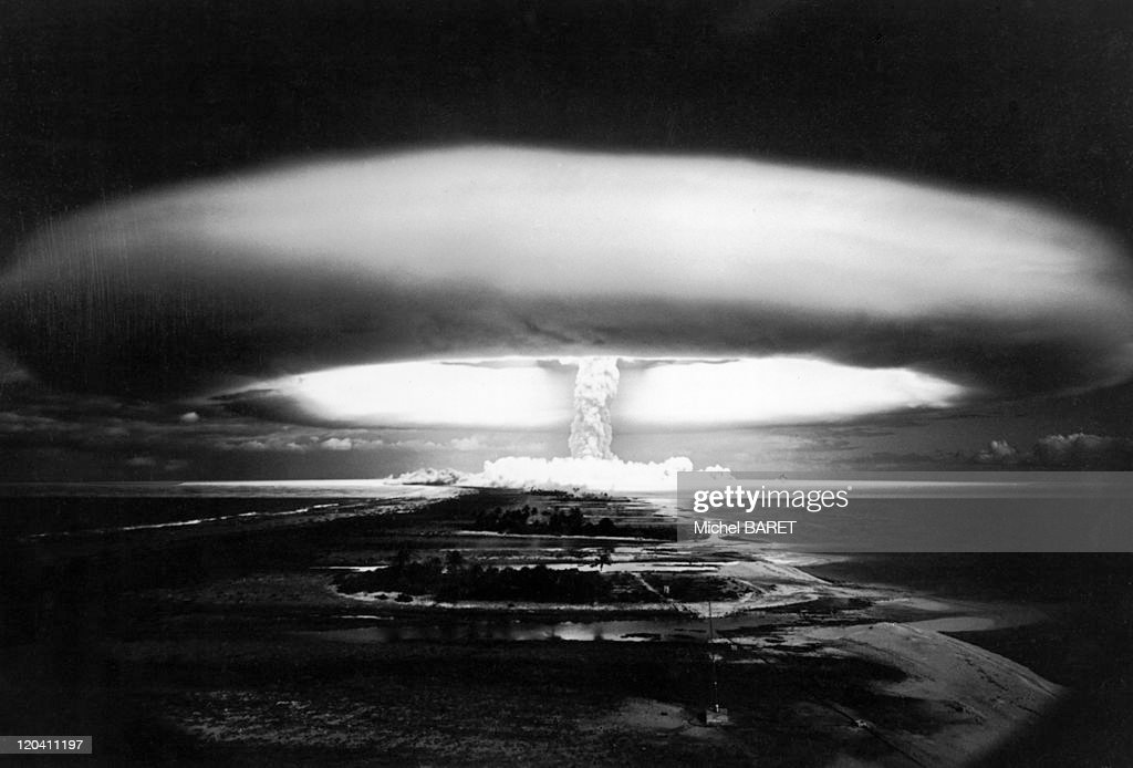 A Nuclear Explosion At Mururoa In France On October 30, 1971 - : News Photo