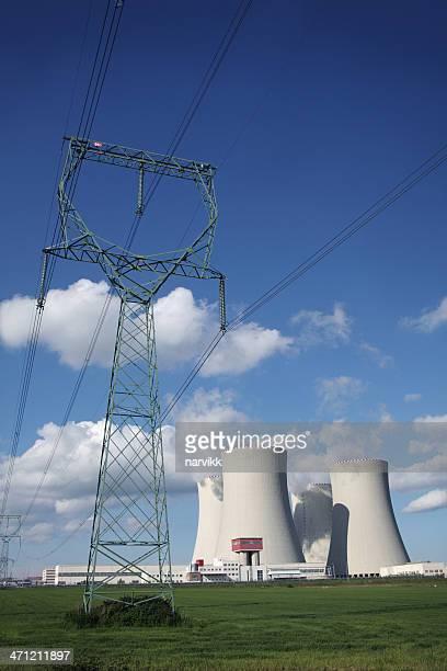 原子力発電および電源ライン