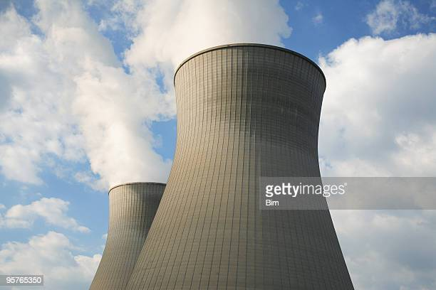 nuclear power plant - nuclear reactor stock pictures, royalty-free photos & images