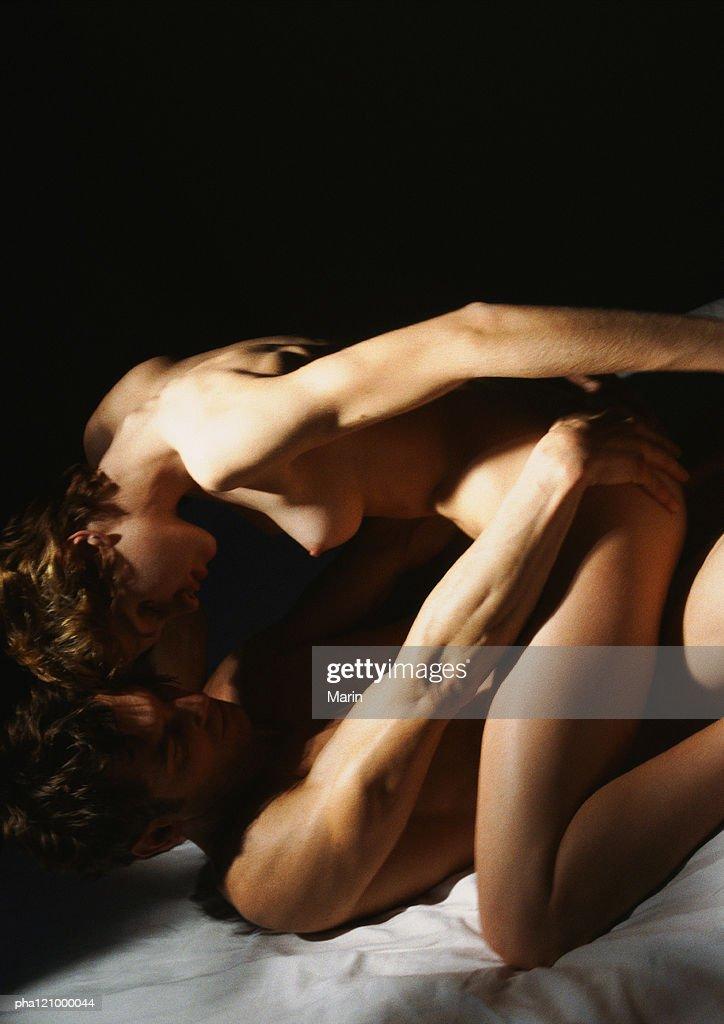 Nude couple embracing, close-up : Stockfoto