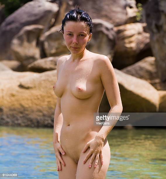 nude girl relax on sea