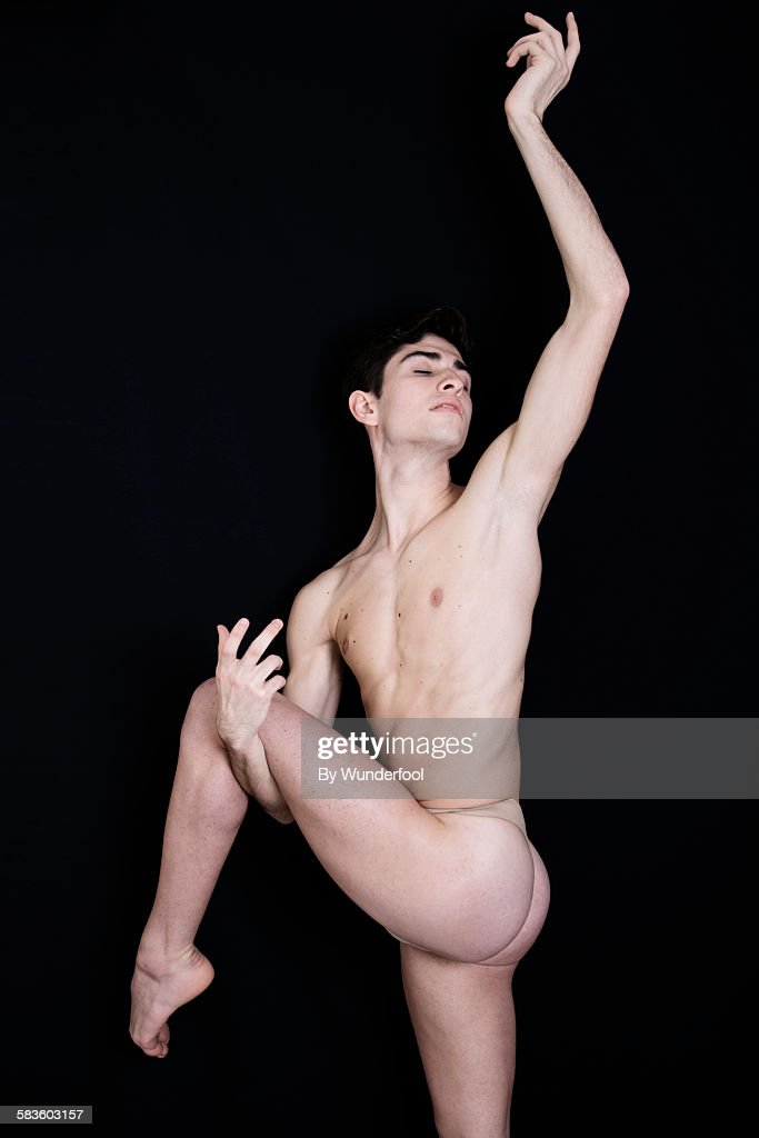 Male Nude Dancer 48