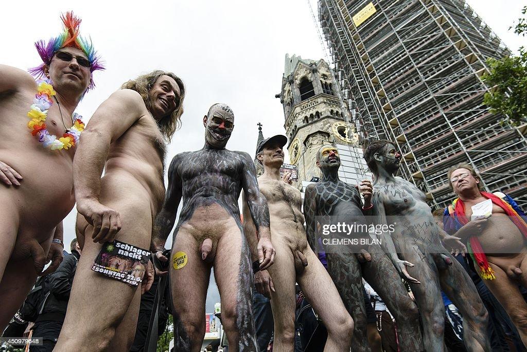 white gay men sucking black cock