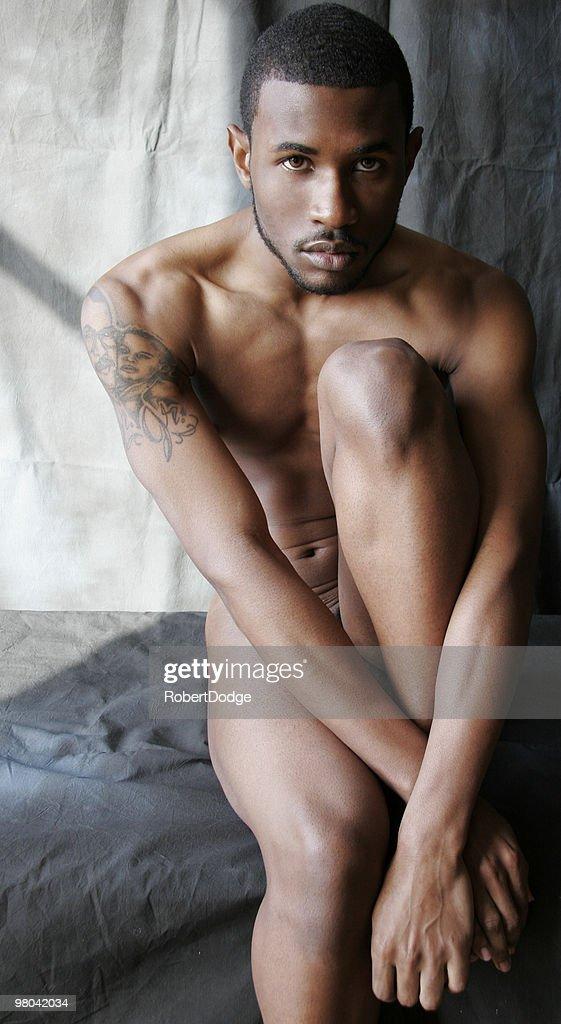 Foto di ragazzi nudi