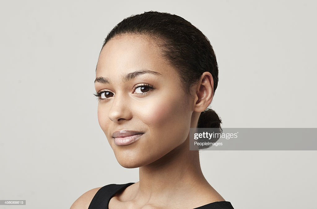 Nude tones suit my complexion : Stock Photo