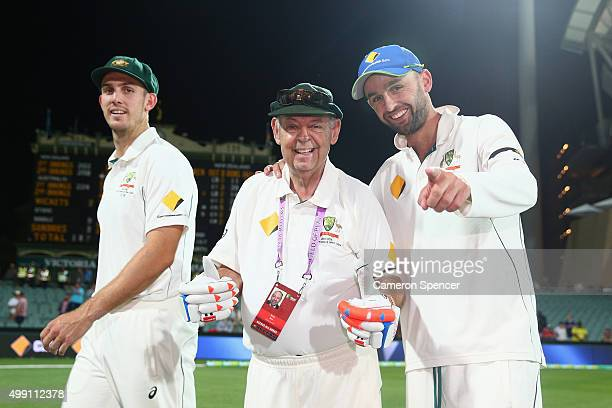 Nugget poses with Nathan Lyon of Australia after Australia's series victory during day three of the Third Test match between Australia and New...