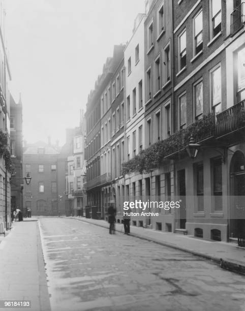 Number 4 St James' Place in London circa 1910 Polish composer and pianist Frederic Chopin stayed here during his visit to the capital in 1848 a year...