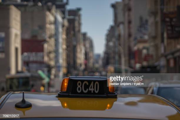 Number On Roof Of Yellow Taxi