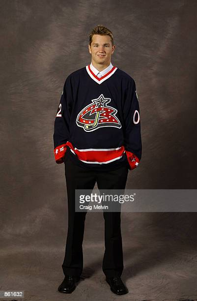 Number one overall draft pick Rick Nash selected by the Columbus Blue Jackets poses for a portrait during the NHL Entry Draft on June 22 2002 at the...