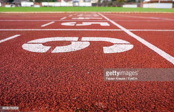 numbers on running track - the olympic games stock pictures, royalty-free photos & images