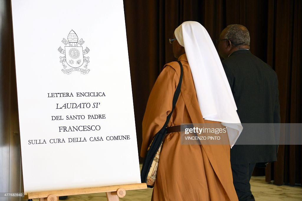 VATICAN-RELIGION-POPE-ENVIRONMENT-CLIMATE : News Photo