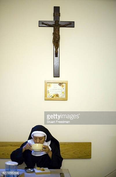 Nun breakfasting at Tyburn Convent London UK Tyburn near Marble Arch was the site of ' The King's Gallows' from 1196 to 1783 It was London's most...