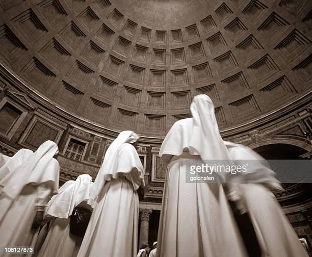 freira estátuas em pantheon - freira - fotografias e filmes do acervo
