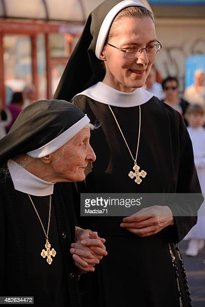 修道女 - 聖職服 ストックフォトと画像