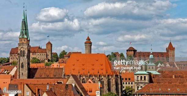 ニュルンベルク sebaldus 城と教会 - ニュルンベルク ストックフォトと画像