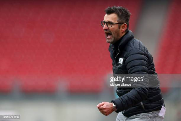 Nuremberg's coach Michael Kollner reacts to the game during the 2nd Bundesliga soccer match between 1 FC Nuremberg and SV Sandhausen in the Max...