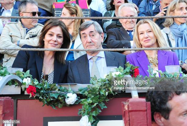 Nuria Gonzalez Alfonso Cortina and Miriam Lapique attend La Beneficiencia Bullfight at Las Ventas Bullring on June 6 2018 in Madrid Spain