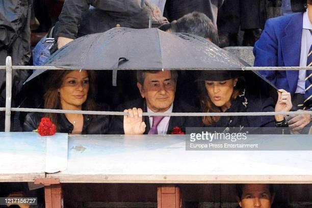 Nuria Gonzalez, Alfonso Cortina and Miriam Lapique attend 'Las Ventas' on May 14, 2013 in Madrid, Spain.