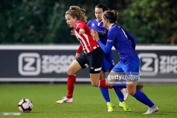 Nurija van Schoonhoven of PSV, Renate Jansen of FC Twente Women, Suzanne Giesen of FC Twente Women during the Dutch Eredivisie Women match between...