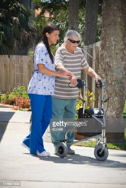 Krankenschwester und senior