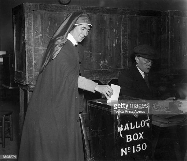 Nurse voting in the 1923 General Election in Britain.