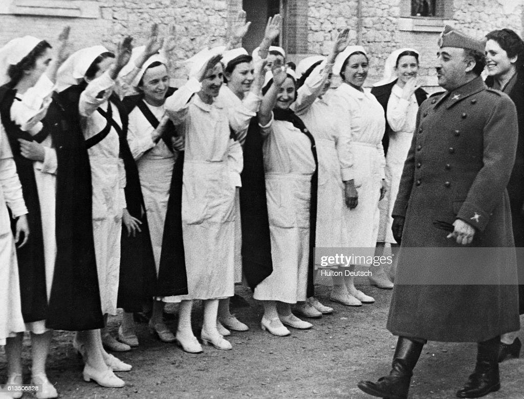 Nurses Salute Franco : News Photo