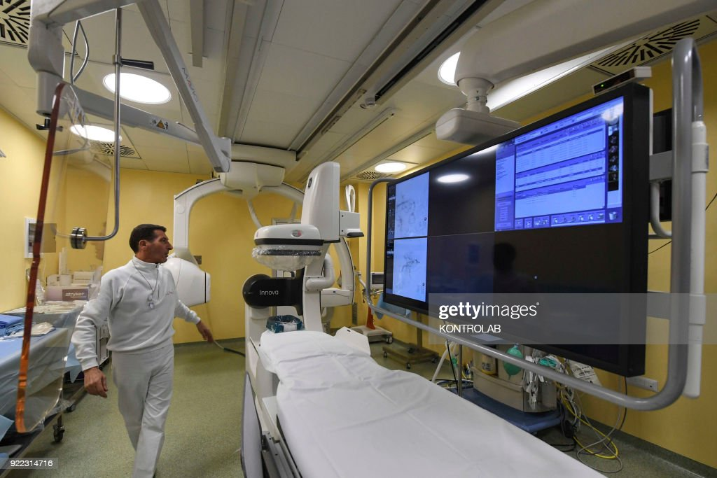 Nurses prepare the new room, biplane angiography, inside the... : News Photo