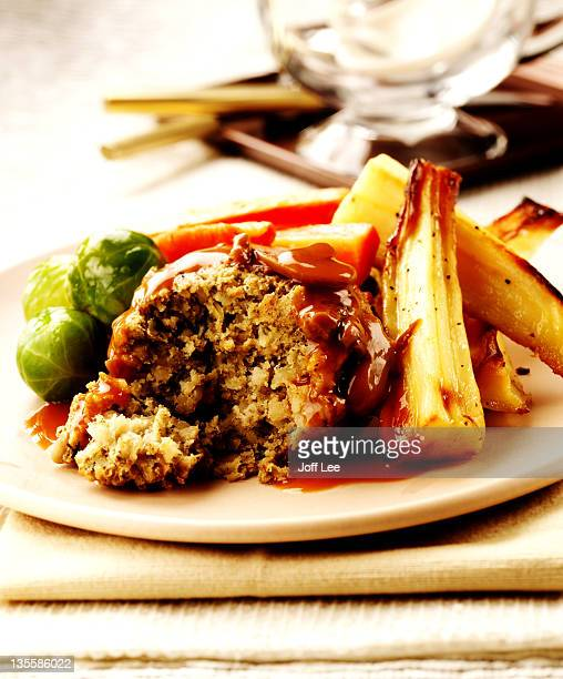 nut roast with vegetables - nut food stock pictures, royalty-free photos & images