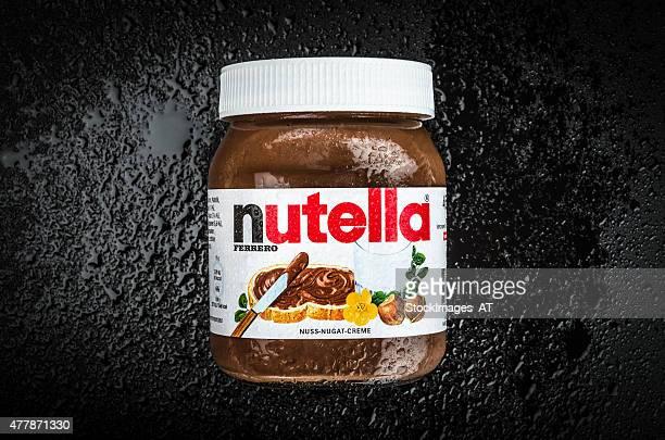 nutella nocciola diffusione - nutella foto e immagini stock