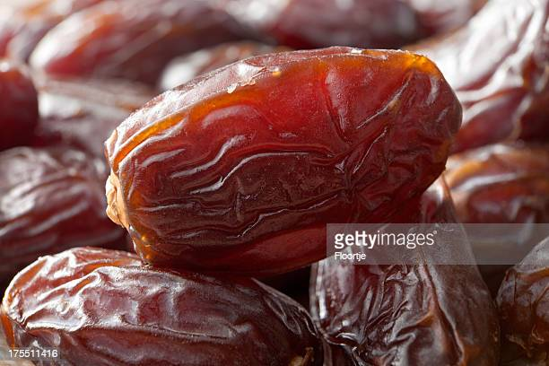 Nuts: Dates
