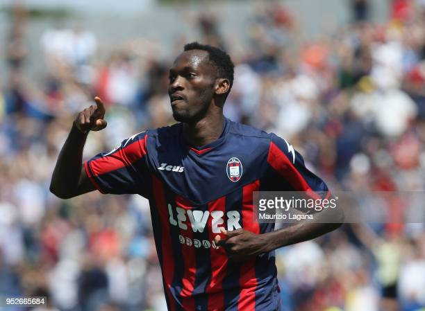 Nwankwo Simy of Crotone celebrates after scoring his team's 4th goal during the serie A match between FC Crotone and US Sassuolo at Stadio Comunale...