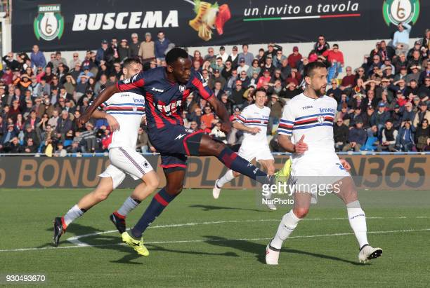 Nwankwo Simy of Crotone scores the 4th goal of Crotone during the serie A match between FC Crotone and UC Sampdoria at Stadio Comunale Ezio Scida on...