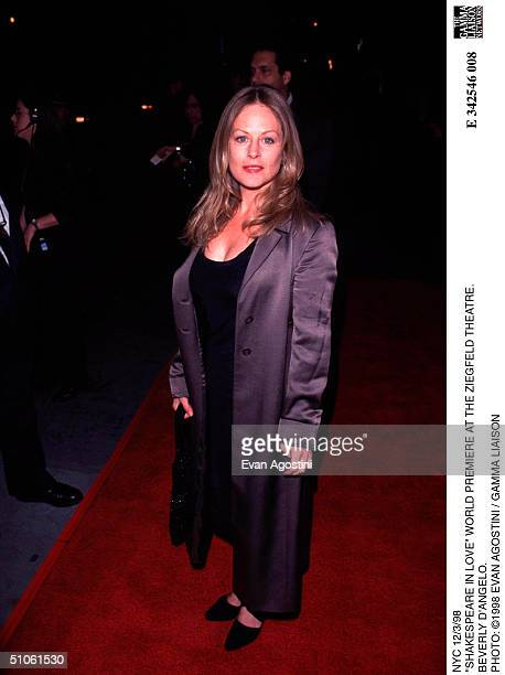 Nyc 12/3/98 Shakespeare In Love World Premiere At The Ziegfeld Theatre Beverly D'Angelo