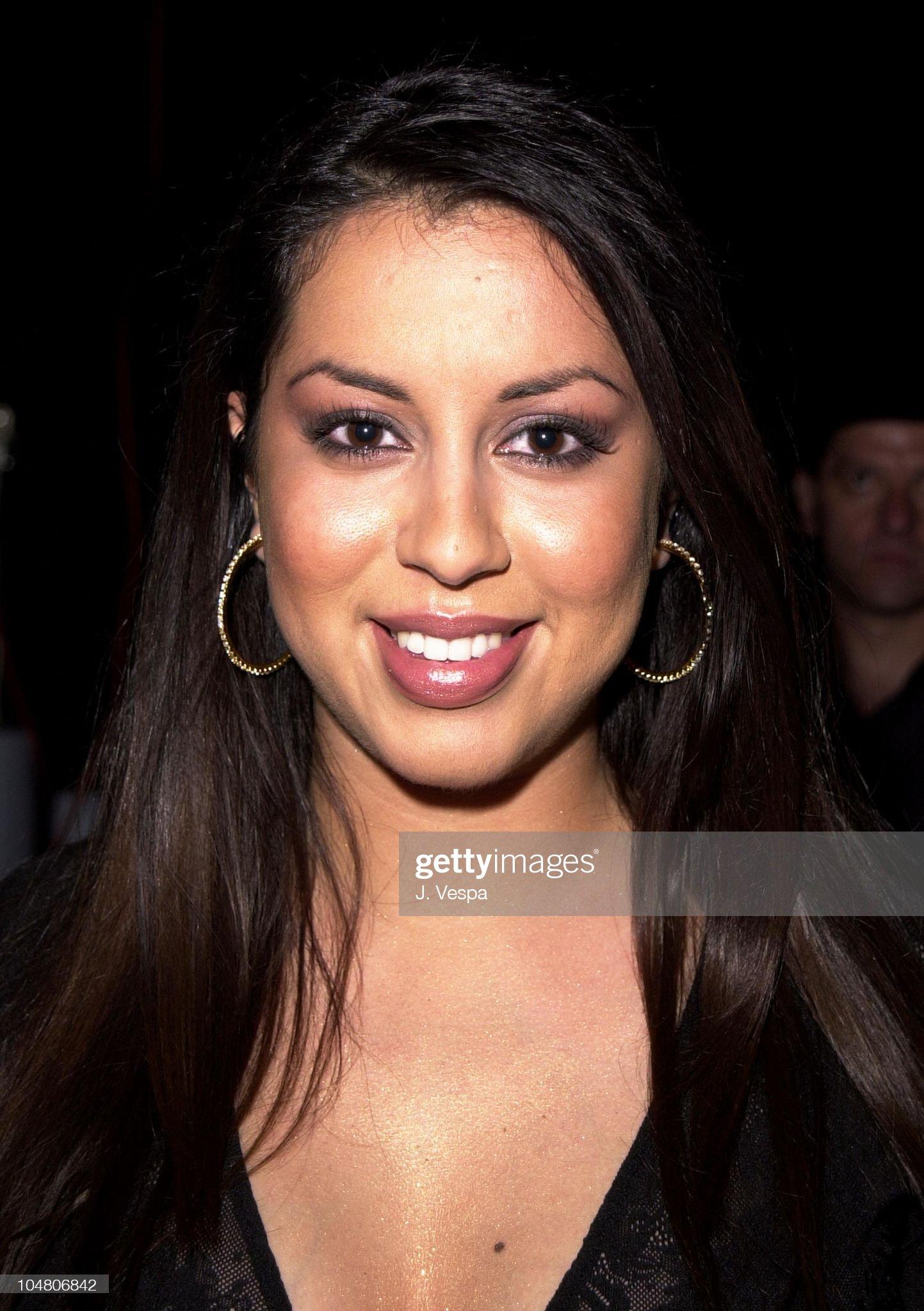 Las mezclas amerindias y europeas - Mestizas y mestizos - Página 27 Nydia-rojas-during-the-2001-alma-awards-show-and-backstage-at-civic-picture-id104806842?s=2048x2048
