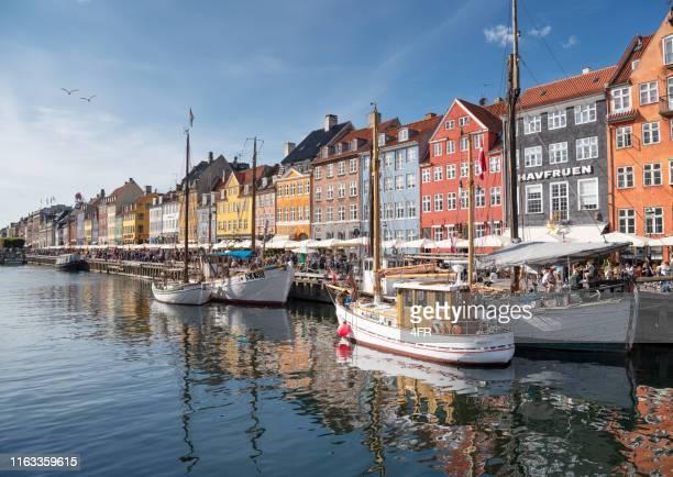 nyhavn, copenhagen, denmark - zealand denmark stock pictures, royalty-free photos & images