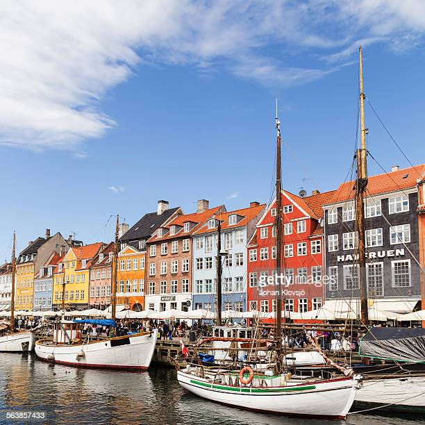 nyhavn, copenhagen, denmark - nyhavn stock pictures, royalty-free photos & images