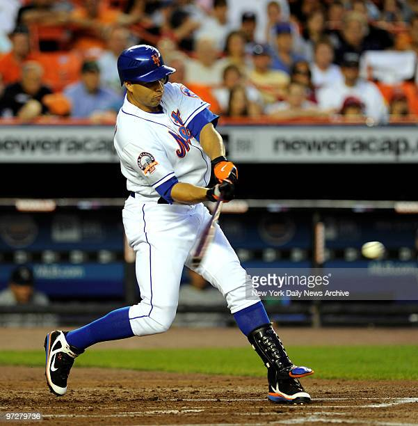 Mets vs Colorado Rockies at Shea Stadium., New York Mets center fielder Carlos Beltran hits a 3 run homer in the 1st inning off of Colorado Rockies...