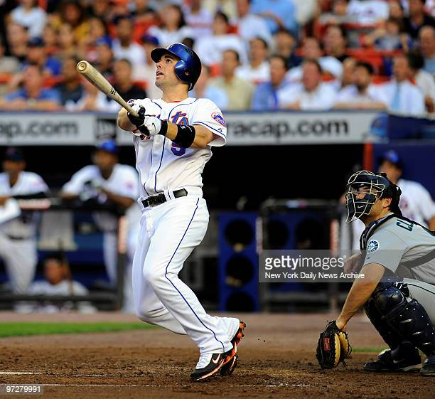 Mets vs Seattle Mariners at Shea Stadium., New York Mets third baseman David Wright hits his 2nd homer of the game. A 2 run home run scoring Luis...