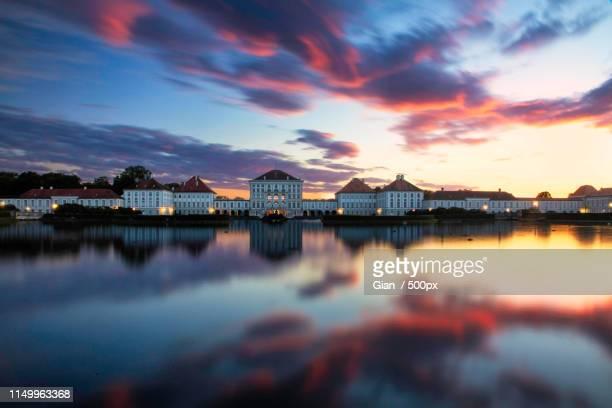 nymphenburg sunset - ニュルンベルク ストックフォトと画像