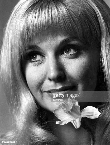 Nyree DawnPorter star of BBC 2'S Forsthye Saga March 1967 P009644