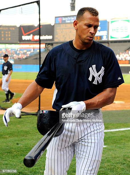 Yankees vs Boston Red Sox at Yankee Stadium., New York Yankees third baseman Alex Rodriguez at batting practice