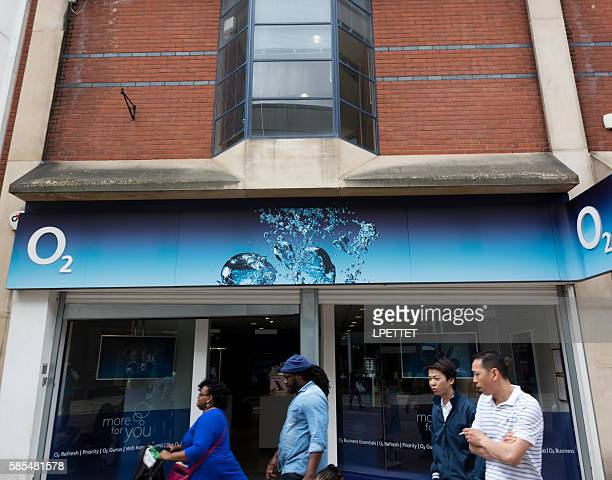 o2 shop front