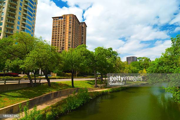 oak lawn neighborhood and turtle creek - borough district type stock pictures, royalty-free photos & images