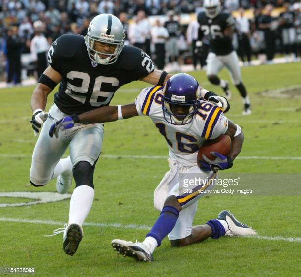 11/16/03 Oakland CA Minnesota Vikings loose to the Oakland Raiders at the Network Associates Coliseum 2818 their fourth consecutive loss after...