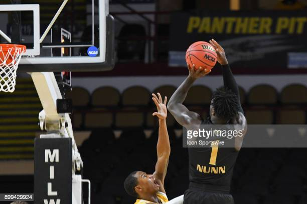 Oakland Grizzlies G Kendrick Nunn shoots a jump shot in the second half of the basketball game between Oakland Grizzlies and Milwaukee Panthers at...